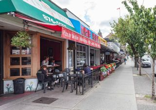 """Photo 10: 20 W 14TH Avenue in Vancouver: Mount Pleasant VW House for sale in """"CITY HALL"""" (Vancouver West)  : MLS®# R2601966"""