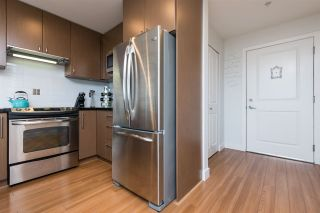Photo 5: 306 15775 CROYDON Drive in Surrey: Grandview Surrey Condo for sale (South Surrey White Rock)  : MLS®# R2258973