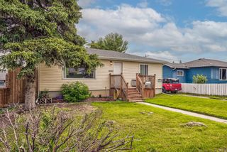 Photo 1: 8516 Bowness Road NW in Calgary: Bowness Detached for sale : MLS®# A1129149
