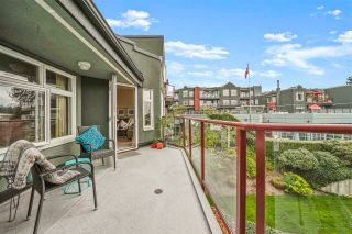 """Photo 3: 410 2800 CHESTERFIELD Avenue in North Vancouver: Upper Lonsdale Condo for sale in """"Somerset Green"""" : MLS®# R2574696"""