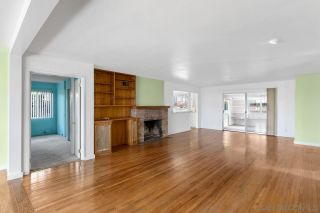 Photo 10: SOLANA BEACH House for sale : 3 bedrooms : 654 Glenmont