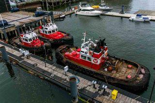 "Photo 17: 1707 188 E ESPLANADE in North Vancouver: Lower Lonsdale Condo for sale in ""Esplanade at the Pier"" : MLS®# R2337400"