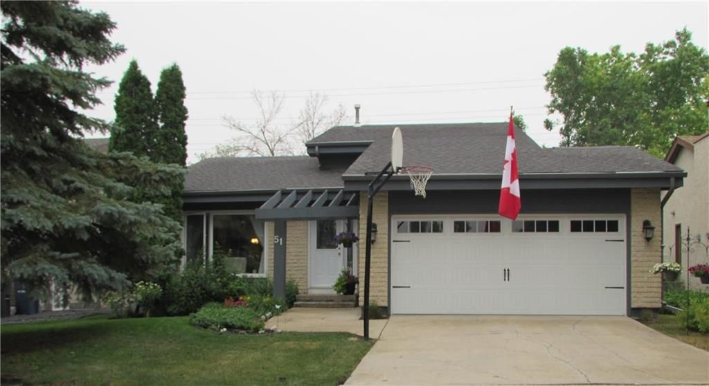 Welcome to 51 Alberhill Crescent!