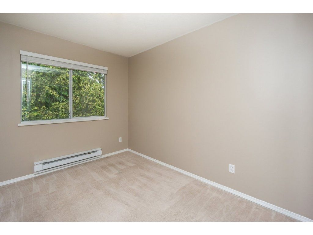 """Photo 11: Photos: 302 33839 MARSHALL Road in Abbotsford: Central Abbotsford Condo for sale in """"Cityscape"""" : MLS®# R2106369"""