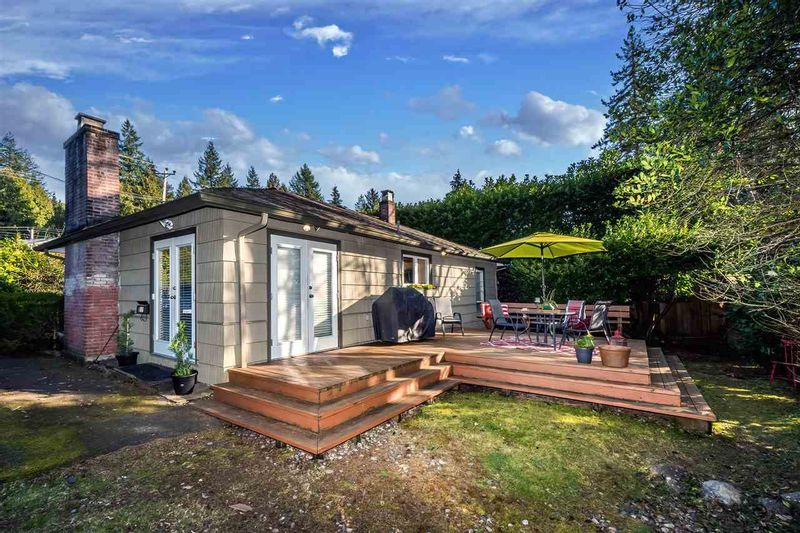 FEATURED LISTING: 785 GRANTHAM Place North Vancouver