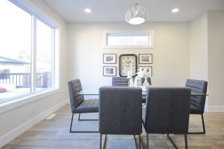 Photo 5:  in Edmonton: House for sale : MLS®# E4165901