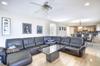 Photo 3: 1689 HECTOR Road in Edmonton: Zone 14 House for sale : MLS®# E4247485