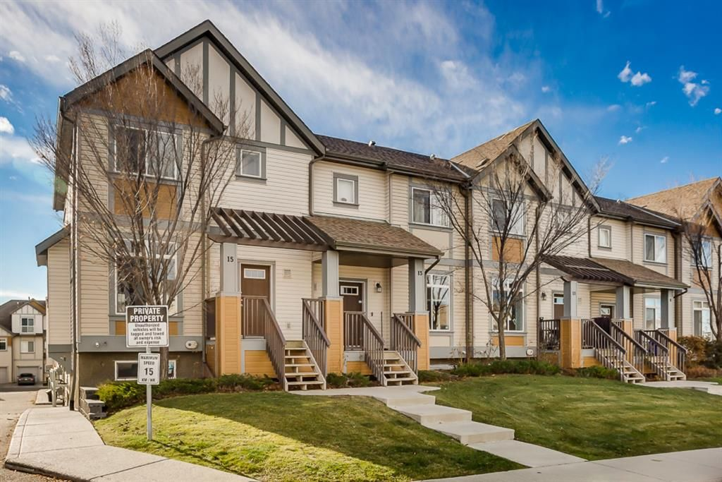 Main Photo: 15 300 EVANSCREEK Court NW in Calgary: Evanston Row/Townhouse for sale : MLS®# A1047505