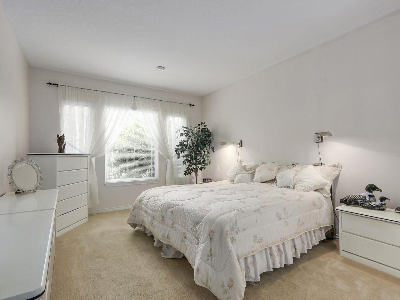 "Photo 10: Photos: 20 14888 24 Avenue in Surrey: Sunnyside Park Surrey Townhouse for sale in ""Meridian Park Estates"" (South Surrey White Rock)  : MLS®# R2296023"
