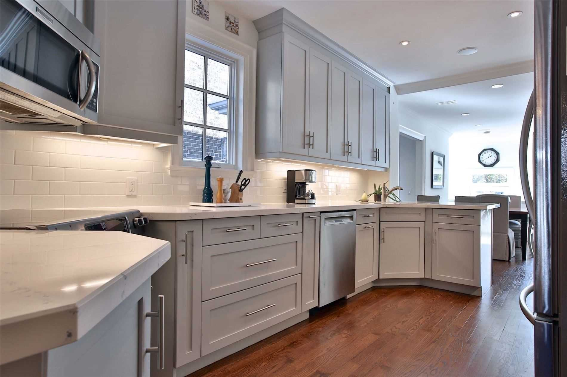 Photo 9: Photos: 181 W Glengrove Avenue in Toronto: Lawrence Park South House (2-Storey) for sale (Toronto C04)  : MLS®# C4633543