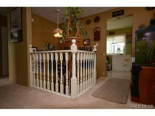 Photo 9: 735 Kelly Rd in VICTORIA: Co Hatley Park House for sale (Colwood)  : MLS®# 735095