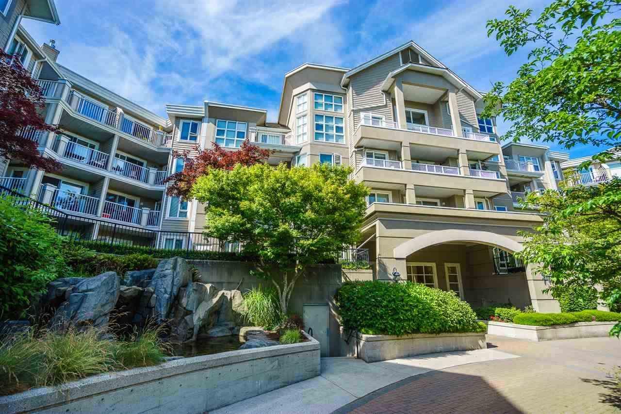 """Main Photo: 112 5888 DOVER Crescent in Richmond: Riverdale RI Condo for sale in """"Pelican Pointe"""" : MLS®# R2126209"""