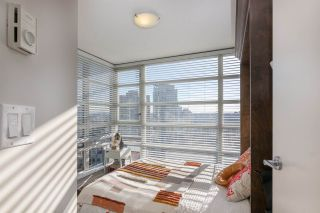"Photo 9: 1704 1199 SEYMOUR Street in Vancouver: Downtown VW Condo for sale in ""BRAVA"" (Vancouver West)  : MLS®# R2531819"