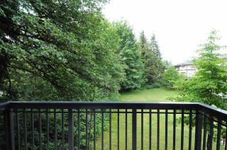 """Photo 10: 67 1125 KENSAL Place in Coquitlam: New Horizons Townhouse for sale in """"Kensal Walk"""" : MLS®# R2590972"""