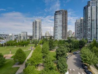 Photo 7: 803 428 BEACH Crescent in Vancouver: Yaletown Condo for sale (Vancouver West)  : MLS®# R2072146