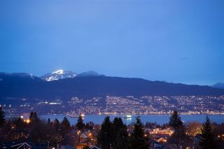 Photo 1: 3708 W 24TH Avenue in Vancouver: Dunbar House for sale (Vancouver West)  : MLS®# R2504274
