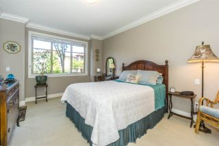 """Photo 12: 107 16447 64 Avenue in Surrey: Cloverdale BC Condo for sale in """"St. Andrews"""" (Cloverdale)  : MLS®# R2302117"""