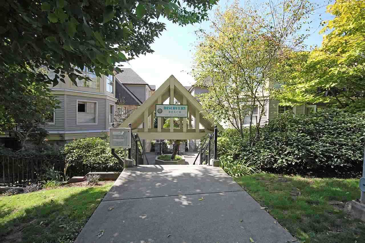 """Main Photo: 316 214 ELEVENTH Street in New Westminster: Uptown NW Condo for sale in """"Discovery Beach"""" : MLS®# R2548375"""
