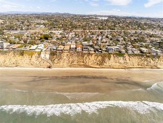 Photo 19: House for sale : 4 bedrooms : 304 Neptune Ave in Encinitas