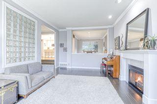 Photo 3: 9489 164 Street in Surrey: Fleetwood Tynehead House for sale : MLS®# R2439473
