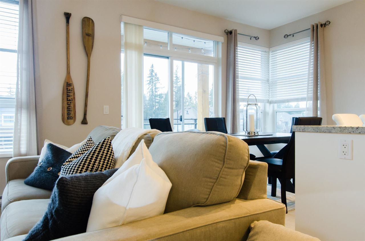 """Photo 6: Photos: 311 23255 BILLY BROWN Road in Langley: Fort Langley Condo for sale in """"THE VILLAGE AT BEDFORD LANDING"""" : MLS®# R2024822"""