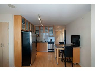 "Photo 12: 609 969 RICHARDS Street in Vancouver: Downtown VW Condo for sale in ""Mondrian II"" (Vancouver West)  : MLS®# V1108545"