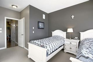 Photo 32: 19 117 Rockyledge View NW in Calgary: Rocky Ridge Row/Townhouse for sale : MLS®# A1061525