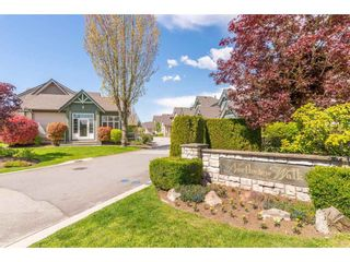 """Photo 2: 6 6177 169 Street in Surrey: Cloverdale BC Townhouse for sale in """"Northview Walk"""" (Cloverdale)  : MLS®# R2364005"""