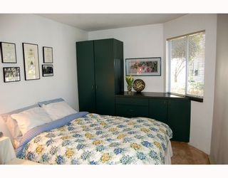 """Photo 9: 1 1182 W 7TH Avenue in Vancouver: Fairview VW Condo for sale in """"SAN FRANCISCAN"""" (Vancouver West)  : MLS®# V769853"""