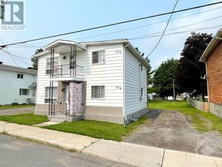 Photo 2: 274-276 LAURIER STREET in Hawkesbury: Multi-family for sale : MLS®# 1253394