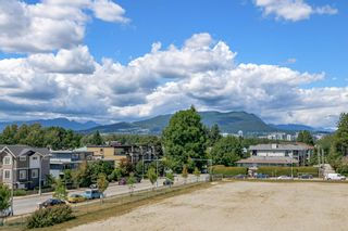 """Photo 26: 305 2285 PITT RIVER Road in Port Coquitlam: Central Pt Coquitlam Condo for sale in """"SHAUGHNESSY MANOR"""" : MLS®# R2604746"""