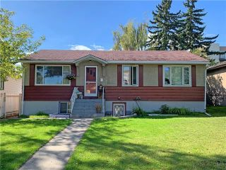 Main Photo: 1719 32 Street SW in Calgary: Shaganappi Detached for sale : MLS®# A1131528
