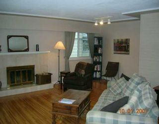 """Photo 3: 1492 E 27TH Street in North Vancouver: Westlynn House for sale in """"WESTLYNN"""" : MLS®# V625974"""