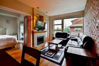 Photo 1: 208 240 Salter Street in New Westminster: Queensborough Condo for sale : MLS®# R2146980