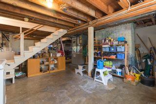 Photo 13: 2416 Mowat St in : OB Henderson House for sale (Oak Bay)  : MLS®# 881551