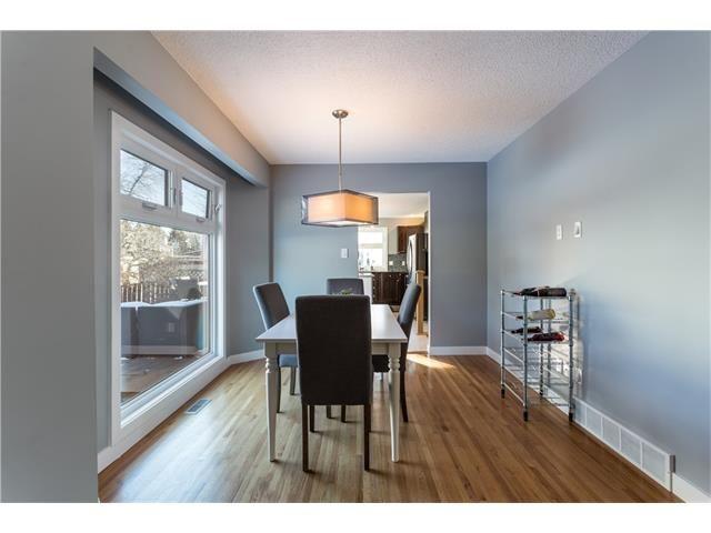 Photo 9: Photos: 36 OAKBURY Place SW in Calgary: Oakridge House for sale : MLS®# C4101941