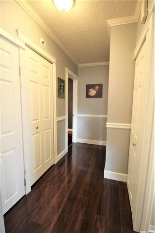 Photo 10: 187 Second Avenue South in Yorkton: Residential for sale : MLS®# SK860760