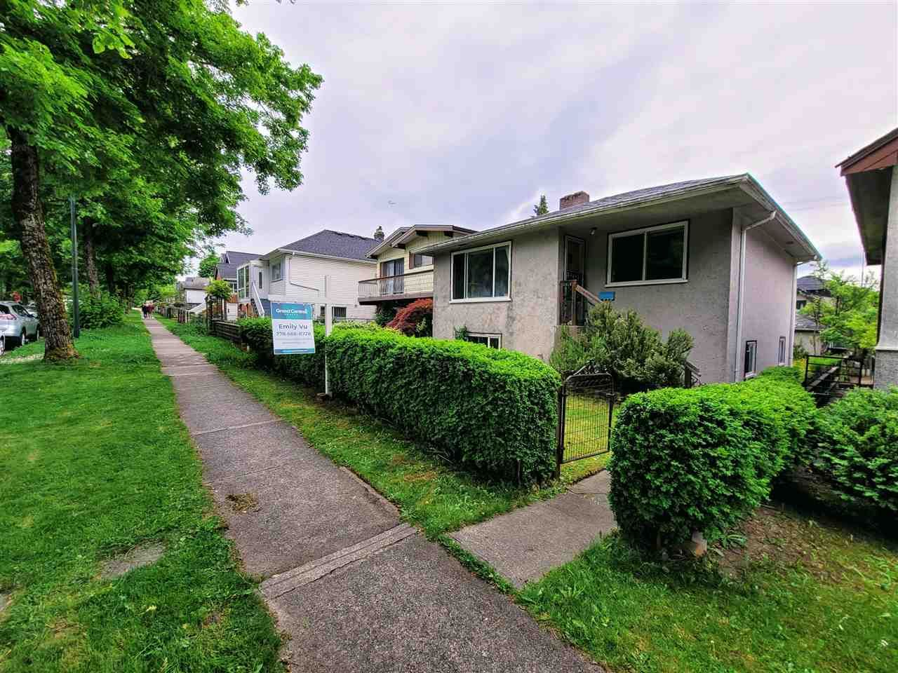 Main Photo: 1915 E 37TH Avenue in Vancouver: Victoria VE House for sale (Vancouver East)  : MLS®# R2581941