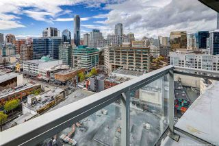 "Photo 18: 1708 833 SEYMOUR Street in Vancouver: Downtown VW Condo for sale in ""Capitol Residences"" (Vancouver West)  : MLS®# R2445465"