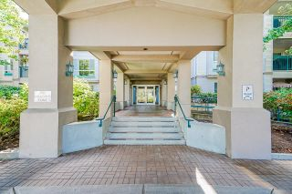 """Photo 32: 233 19528 FRASER Highway in Surrey: Cloverdale BC Condo for sale in """"Fairmont On The Boulevard"""" (Cloverdale)  : MLS®# R2615595"""