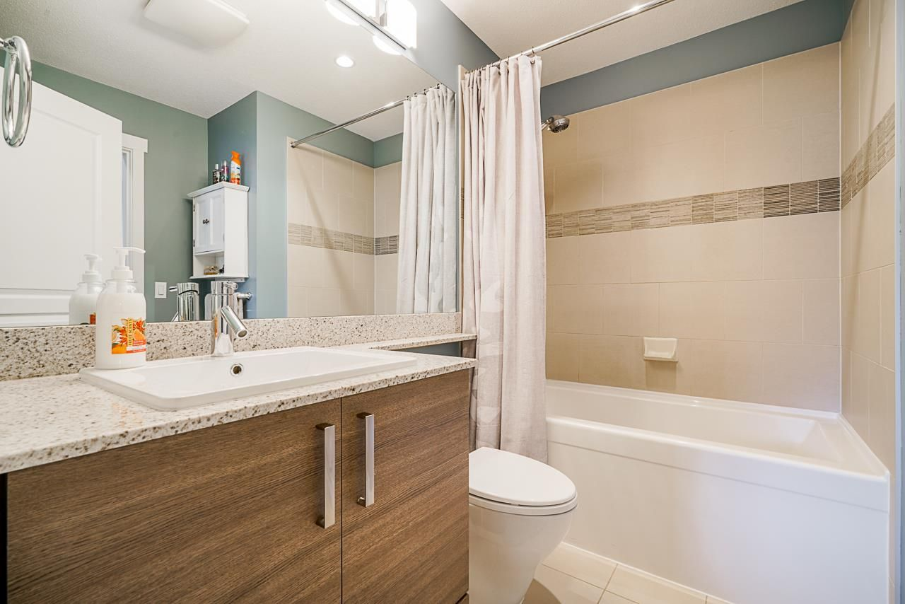 """Photo 14: Photos: 418 1150 KENSAL Place in Coquitlam: New Horizons Condo for sale in """"THOMAS HOUSE BY POLYGON"""" : MLS®# R2453457"""