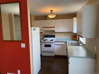 Photo 4: 1 758 Robron Rd in : CR Campbell River Central Row/Townhouse for sale (Campbell River)  : MLS®# 871529