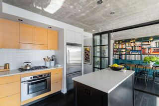 """Photo 6: 703 1055 HOMER Street in Vancouver: Yaletown Condo for sale in """"DOMUS"""" (Vancouver West)  : MLS®# R2625020"""