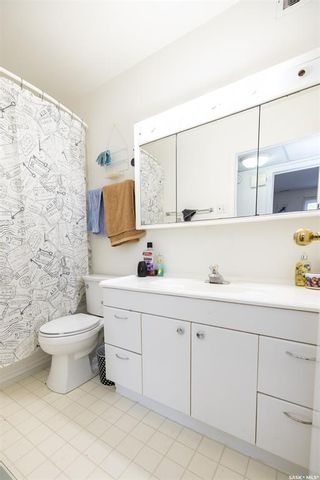 Photo 36: 608 Gray Avenue in Saskatoon: Sutherland Residential for sale : MLS®# SK847542
