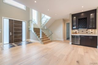 Photo 2: 677 FIRDALE Street in Coquitlam: Central Coquitlam House for sale : MLS®# R2209570