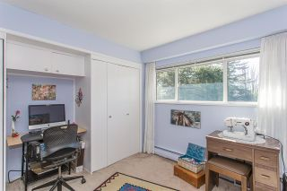 Photo 10: 29400 SUNVALLEY Crescent in Abbotsford: Aberdeen House for sale : MLS®# R2262605