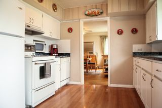 Photo 4: 1571 RUPERT Street in North Vancouver: Home for sale : MLS®# V1012915