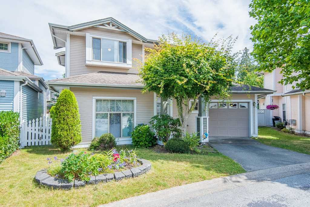 """Main Photo: 31 8675 209 Street in Langley: Walnut Grove House for sale in """"SYCAMORES"""" : MLS®# R2286923"""