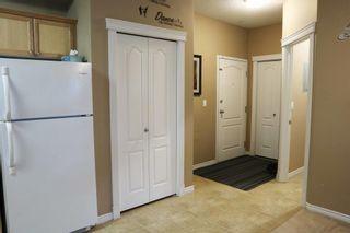 Photo 2: 110 16715 100 Avenue in Edmonton: Zone 22 Condo for sale : MLS®# E4256231