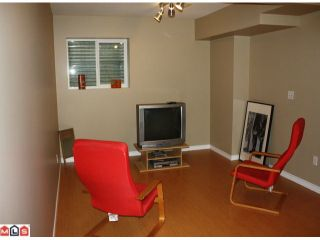 "Photo 5: 64 8888 216TH Street in Langley: Walnut Grove House for sale in ""HYLAND CREEK"" : MLS®# F1023235"